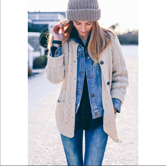 Debbie Morgan Sweaters - Debbie Morgan Tan Cable Knit Chunky Cardigan